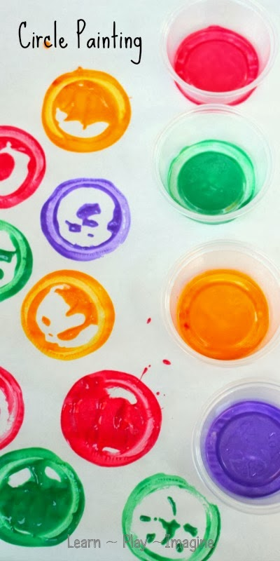 Circle painting art for kids - forget the paintbrushes and get creative!
