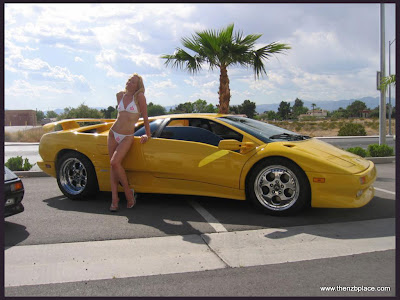car girl supercars wallpaper H27WVJQAX79V