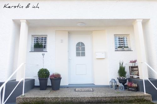 Haus Villa Eingang Blumendeko