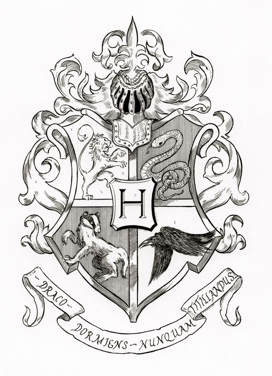 Hogwarts Crest Black And White | www.galleryhip.com - The Hippest Pics