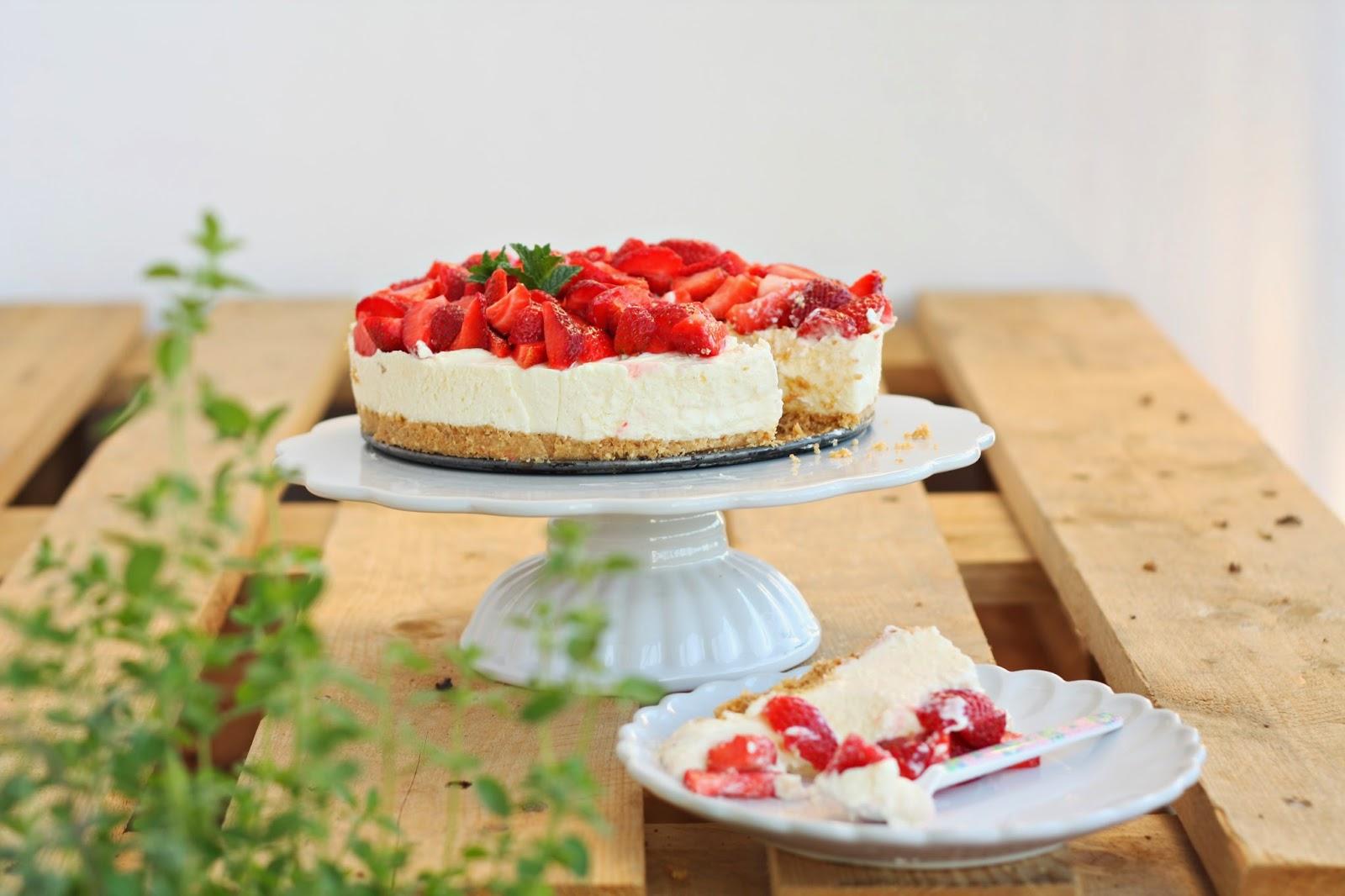 http://sweetvillage.pl/kuchnia/ceramika/patera-ceramiczna-mynte-pure-white-ib-laursen-detail