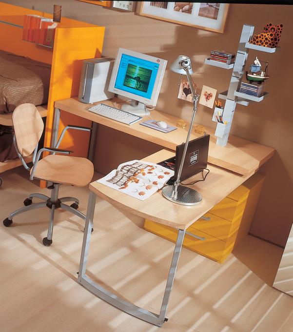 Computer Desk, Image