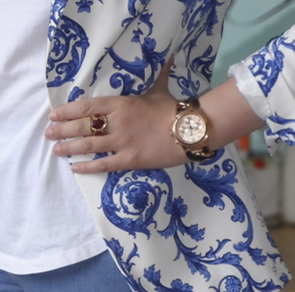 Zara Blazer, Topshop Joni Jeans, ASOS Cobalt Sandals