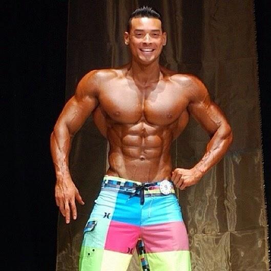 Namorado de Juju Salimeni usou bronzeamento em campeonato de fisiculturismo