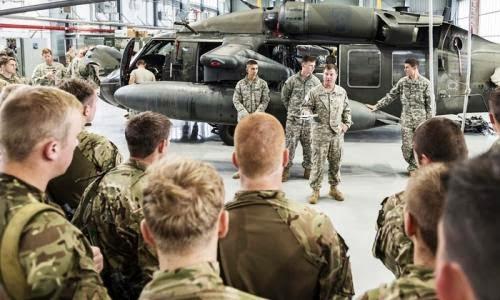 НАТО спешит на помощь Порошенко