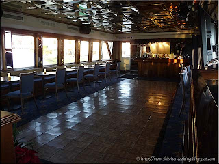dance floor above the Yacht StarShipII