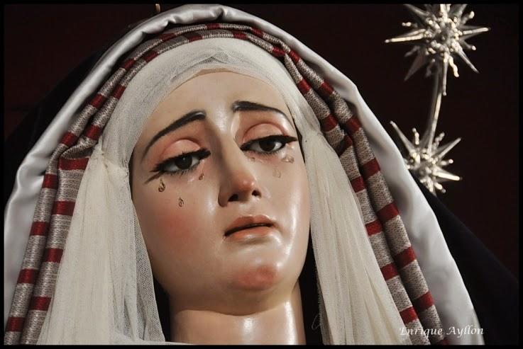 Virgen -de -la -Victoria -de l-as -Cigarreras- vestida -de- hebrea -2015