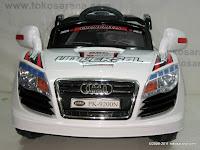 2 Mobil Mainan Aki Pliko PK9200N Audi dengan Kendali Jauh