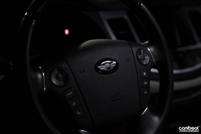 Hyundai Genesis no Chão