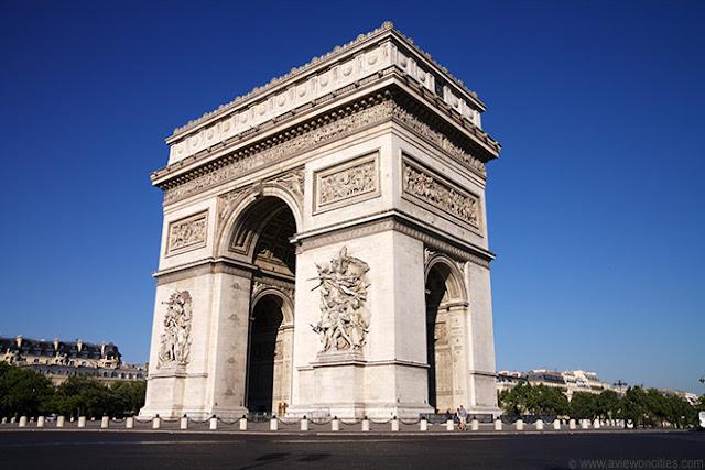 Peluang melancong secara percuma ke negara eropah, london dan paris dengan bisnes premium beautiful corset at arc de triomphe