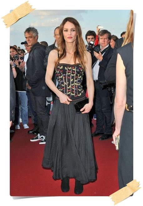 Vanessa Paradis Photos from the Swann Awards - Pics 4