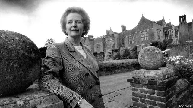 Margaret_Thatcher_1