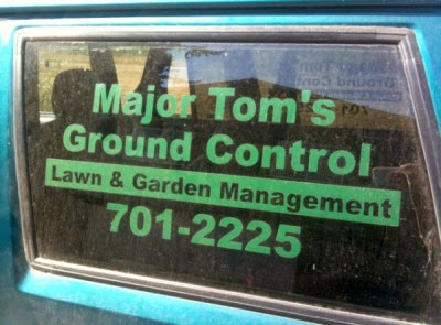 http://www.funnysigns.net/major-toms-ground-control/