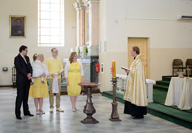 Krikštas Kauno šv. Antano Paduviečio (Naujamiesčio) parapijos bažnyčioje