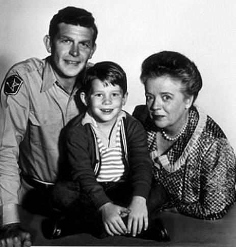 A trip down memory lane what a character frances bavier bavier had a love hate relationship with her most famous role aunt bee during the andy griffith show as a new york actress she felt her dramatic talents altavistaventures Image collections