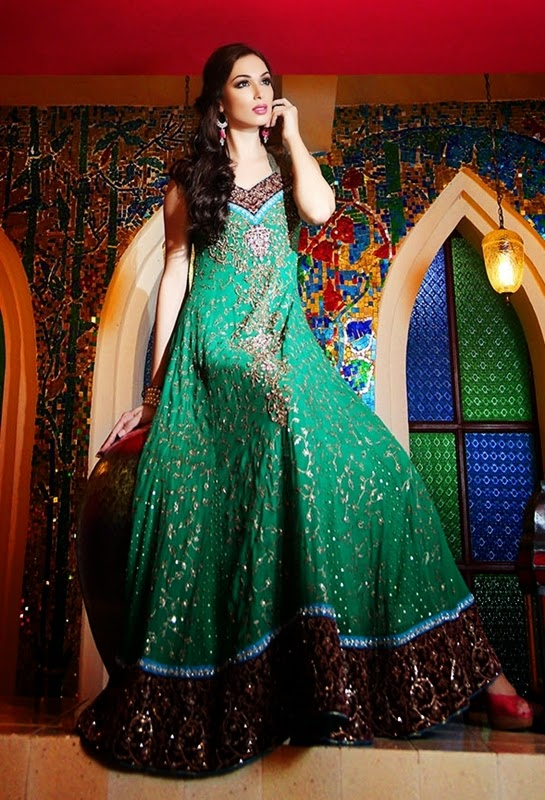 Designer Pakistani Clothing On Facebook Chic Evening Wear Designs