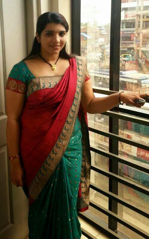 Saritha Nair Red Saree New Pictures - FILM ACTRESS HOT