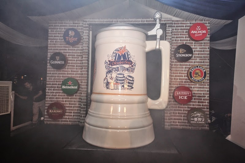 A shot of Malaysia's Biggest Mug