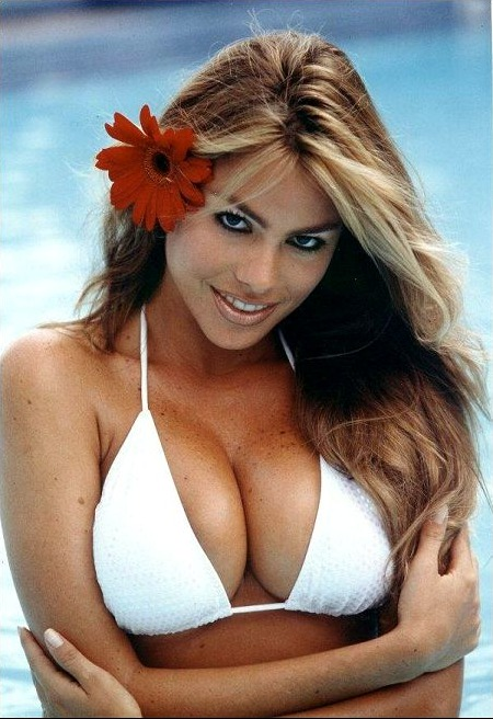 Sofia Vergara Bikini Photo