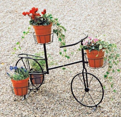 Creative Plant Stands and Cool Plant Stands Designs (12) 7