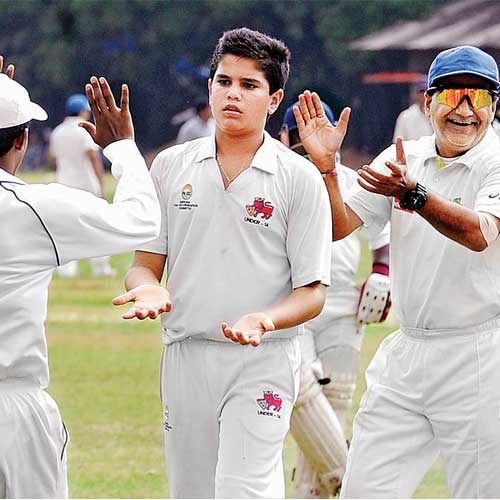 Arjun Tendulkar Sachin's son debut in Kanga League
