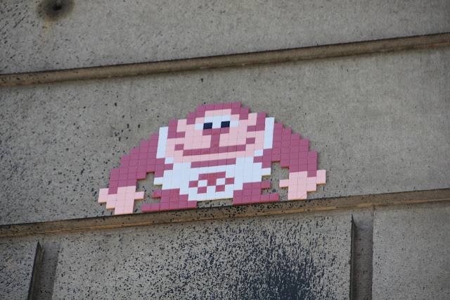 Mosaic Street Art By Space Invader On The Streets Of New York City, USA. 12