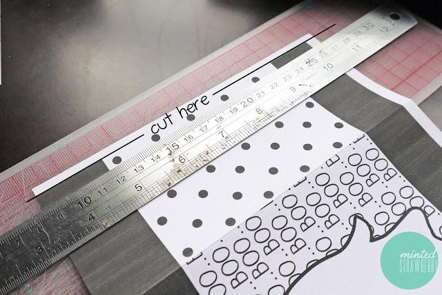 free-printable-DIY-halloween-loot-bag-instruction