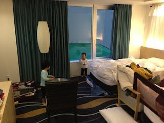 リーガロイヤルグラン沖縄の部屋の中