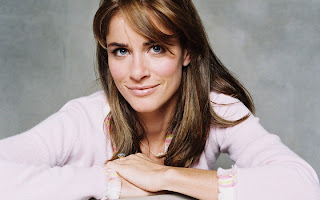 Amanda Peet Latest Wallpapers