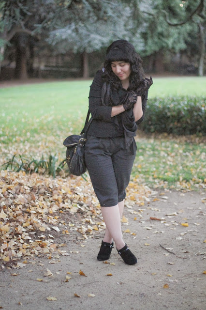 Dark Grey Fall Outfit
