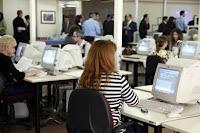 Ποιοι υπάλληλοι του Δημοσίου γλιτώνουν μειώσεις αποδοχών