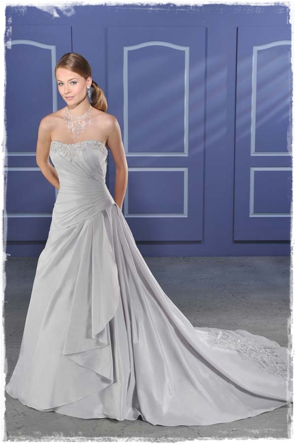 A Wedding Addict Silver Wedding Dress With Soft Sweetheart