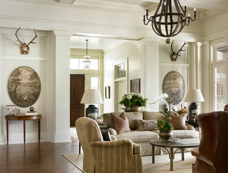 New home interior design southern traditional for Home interiors decor