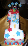 BIRTHDAY CAKE (FONDANT) + FIGURINE