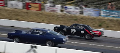 Classic Dodge Plymouth Barracuda drag race