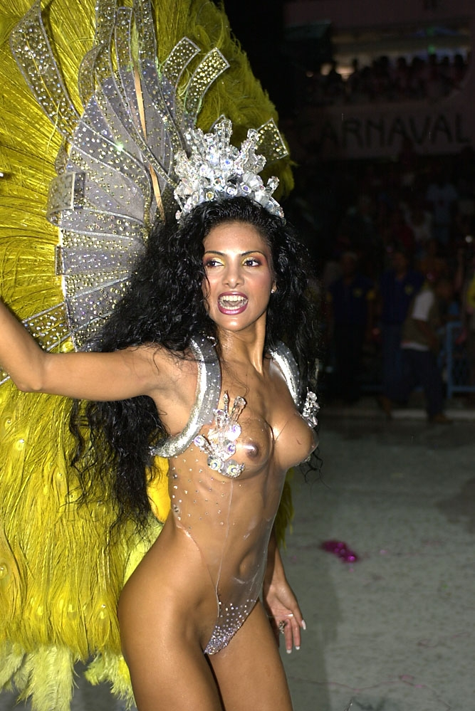 The beauty, spent three years in college São Conrado, and is one of the most marvelous and graceful Carnival muses in Brazil.