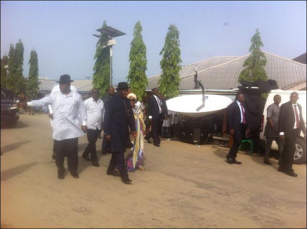 PHOTOS; President Jonathan Finally Gets Accredited After Arriving Otuoke Polling Unit With Wife And Mother