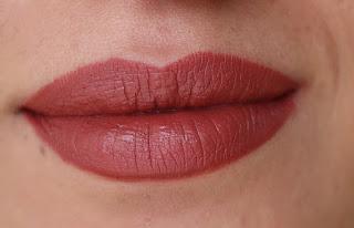 mac retro ruj lipstick swatch