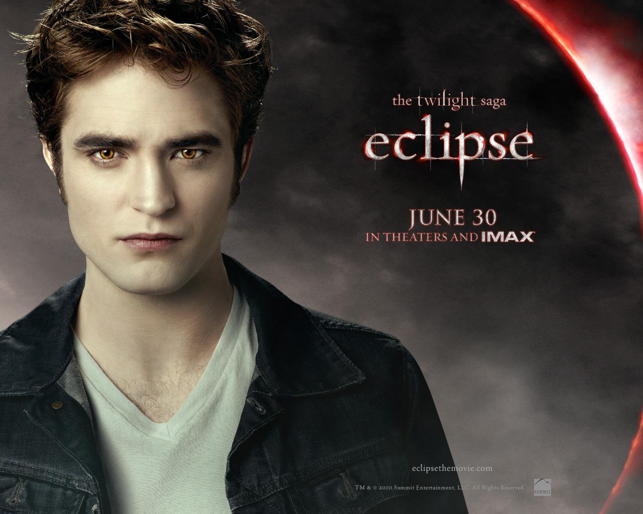 http://4.bp.blogspot.com/-fvHX_VhZe8o/UQFgMJyKVzI/AAAAAAAACJ4/EeqMMhfsWwc/s1600/Robert_Pattinson_in_The_Twilight_Saga+_Eclipse_Wallpaper_3_800.jpg