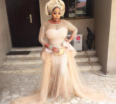 Tennycoco's Outfit To A Wedding Sparks Controversy On Social Media (Photos + Screenshots)