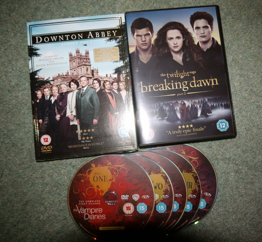 Downton Abbey, Breaking Dawn, The Vampire Diaires