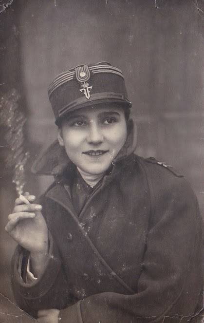 Natalia in uniforma militara, Vatra Dornei 1929