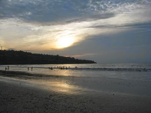 Pantai Jimbaran - Wisata Bali Terbaik