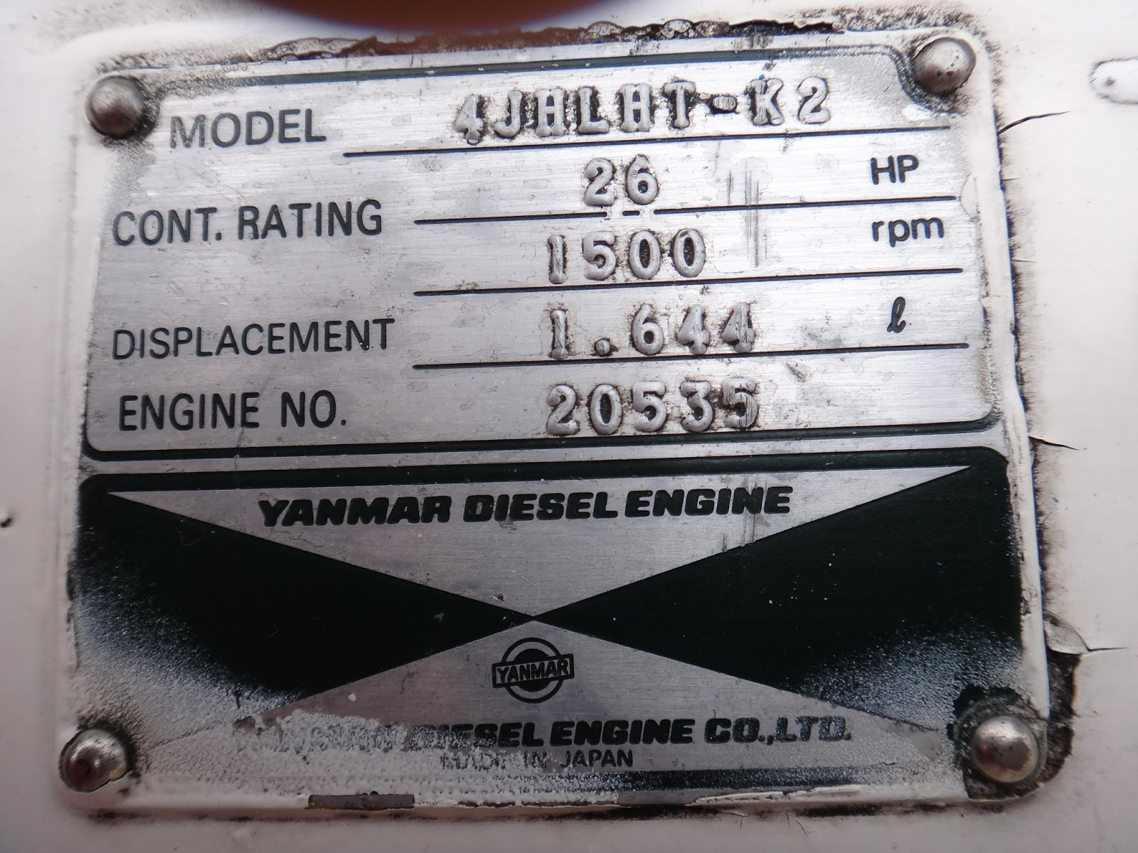 The Official Minneys Yacht Surplus Blog YANMAR 4