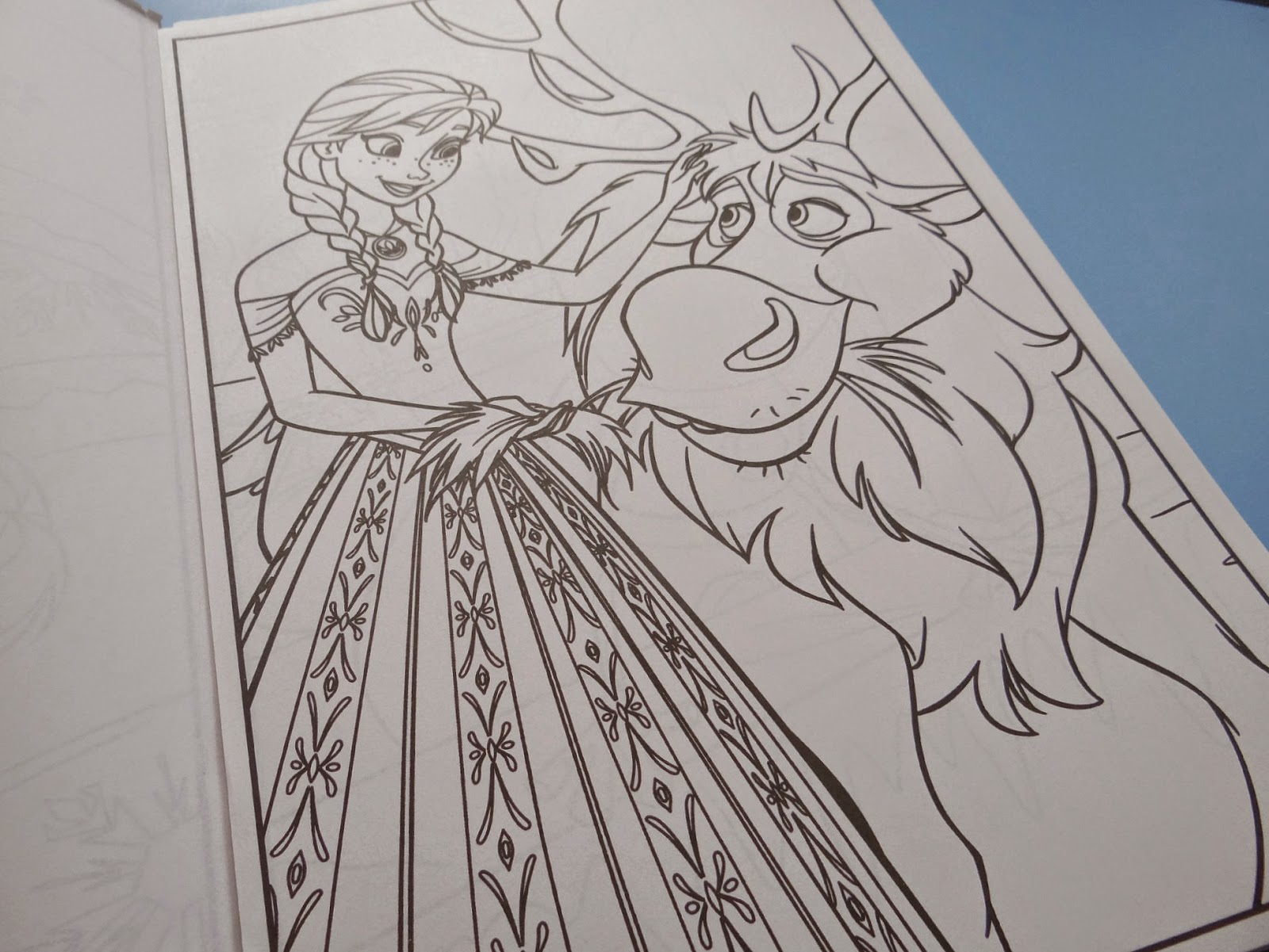 Crayola, Disney Frozen, mess free colouring
