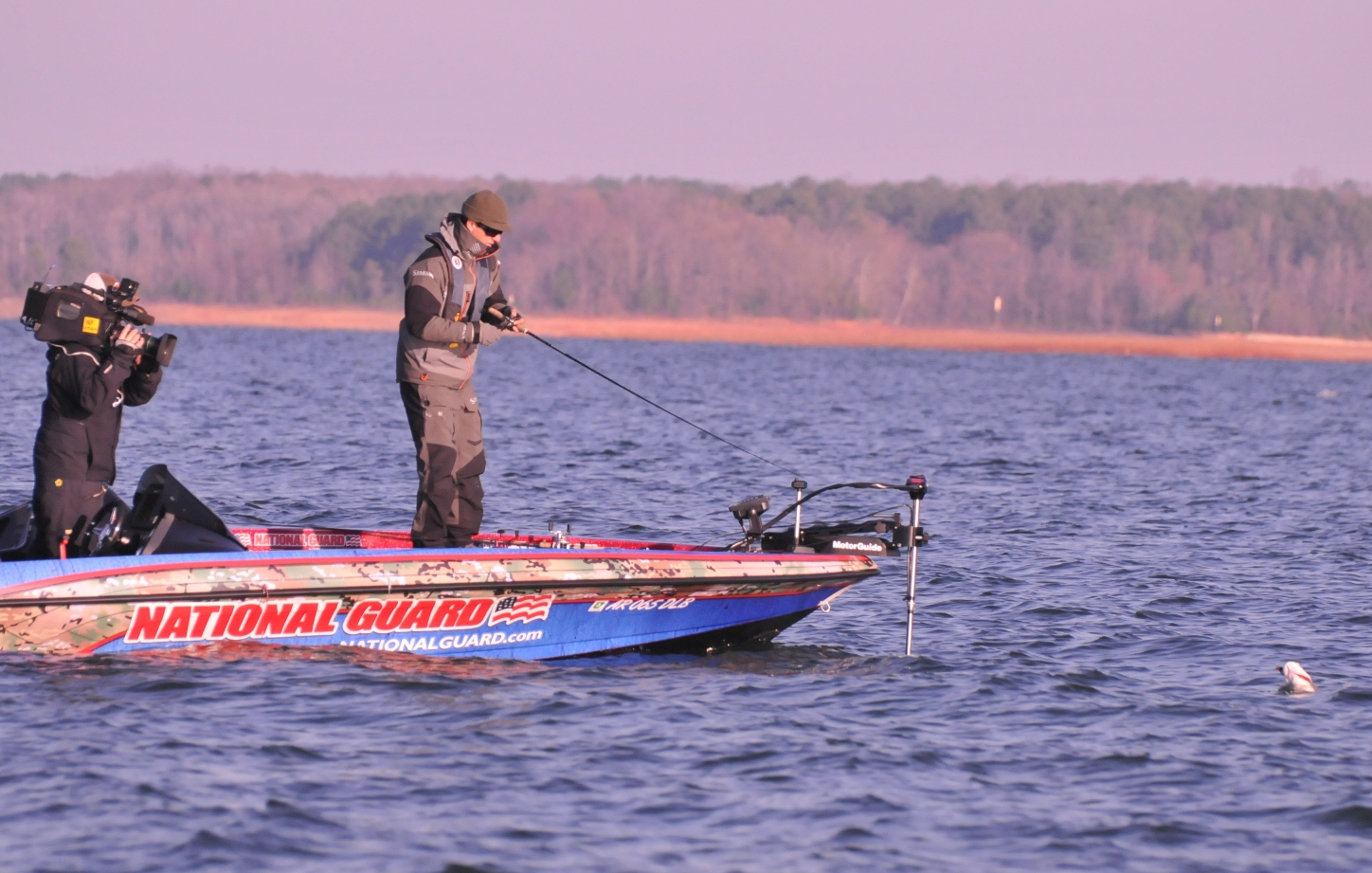Ibassin walmart flw lake hartwell day 4 brent ehrler is for Lake hartwell fishing hot spots