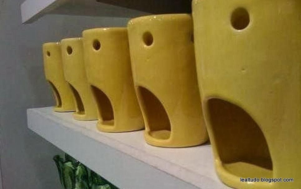 Cup Face Awe - Rosto de Copos Assustados - Pareidolia-001