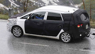 SPY PICS: 2013 rendezvous for next Rondo?