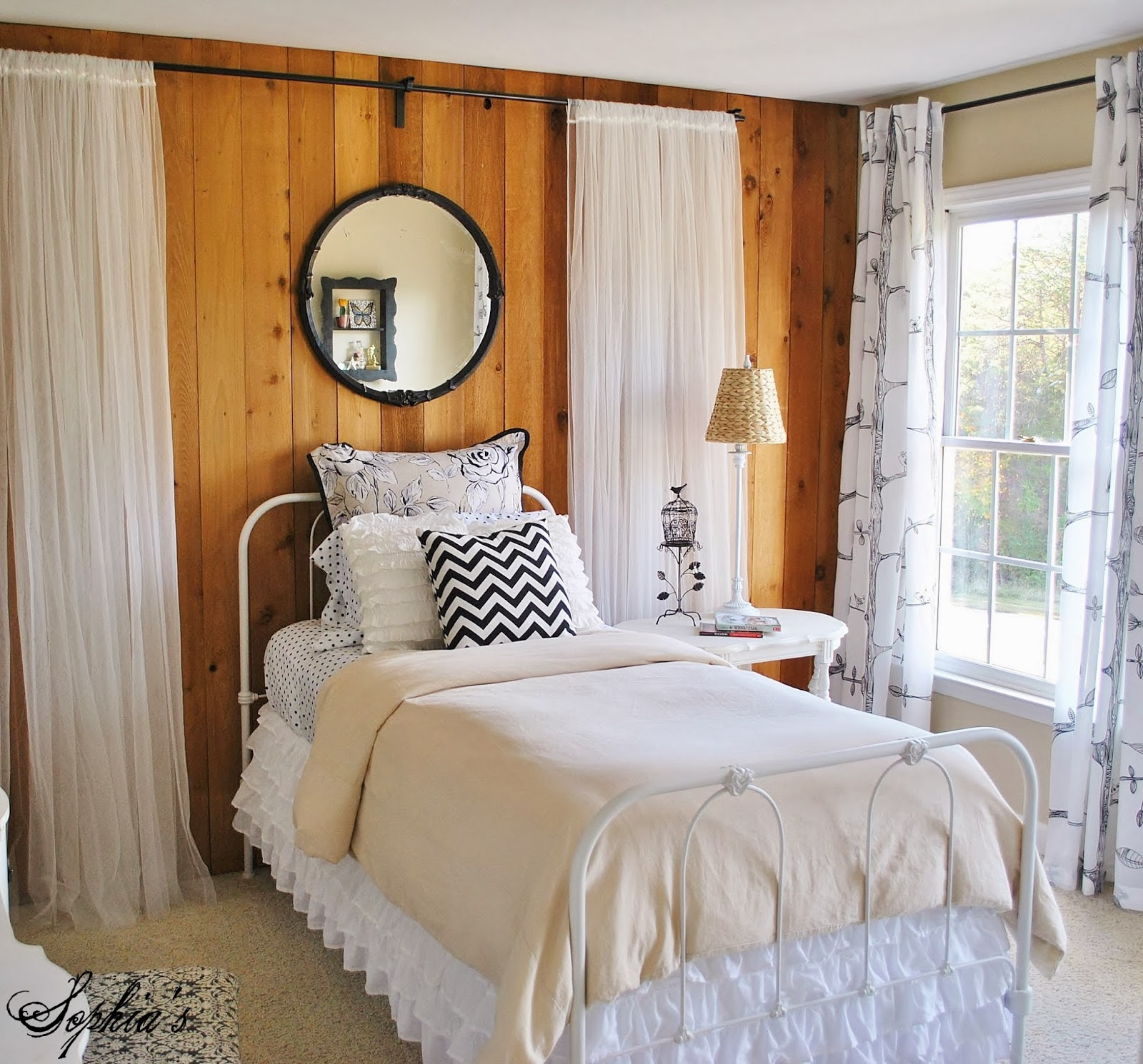 Sophia S Budget Bedroom Makeover For A Rental Home