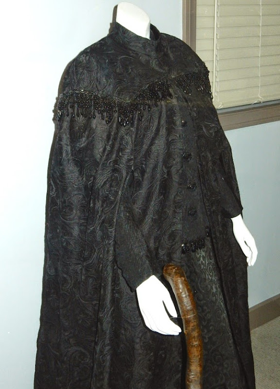 Nanny McPhee Returns movie costume detail